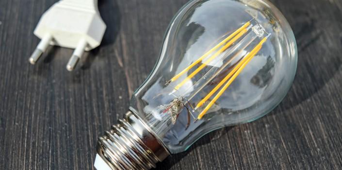 light bulb 1640438 1920 705x3501 - Nuevas acciones de marketing online