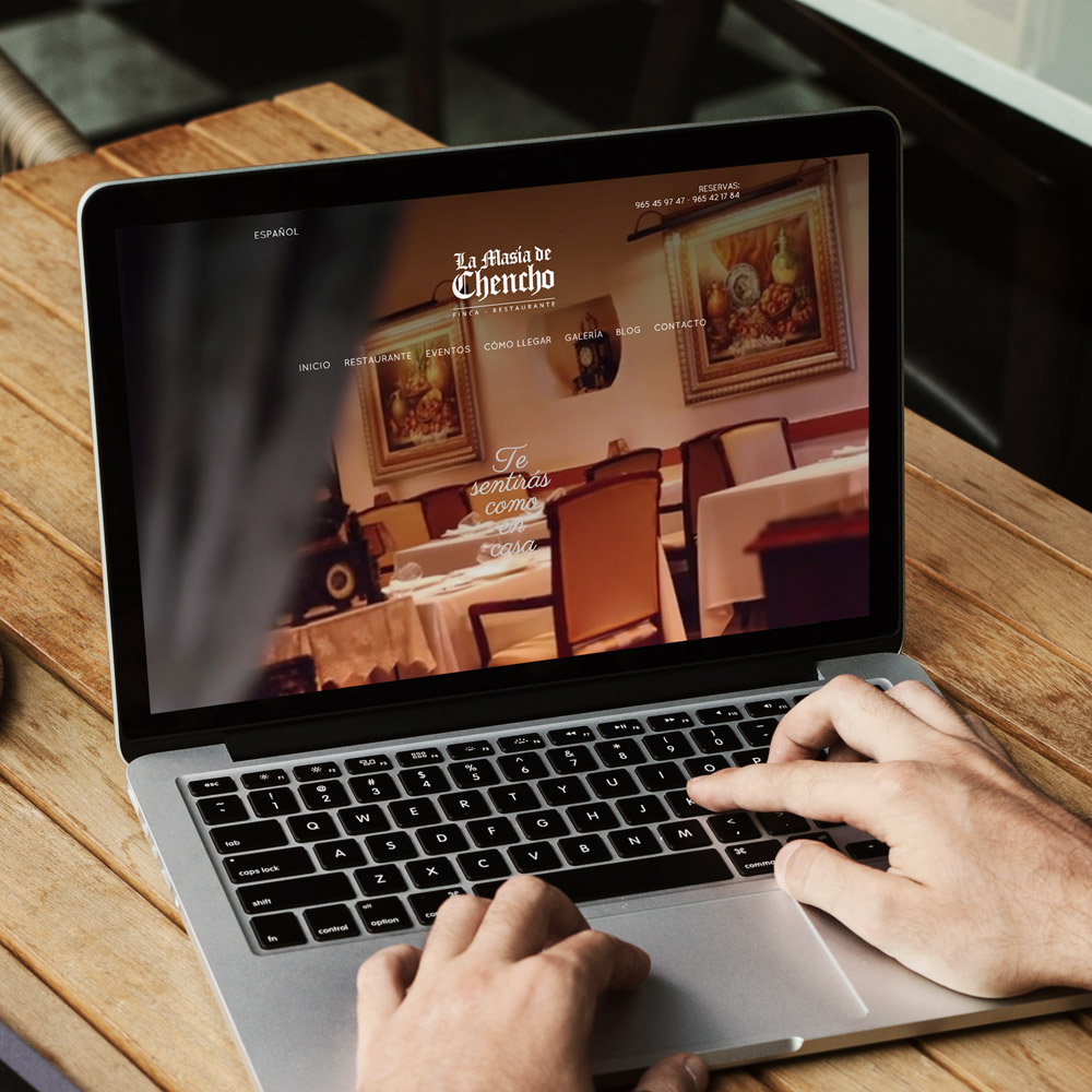 diseno web masia chencho restaurante 01 1000 - Diseño de páginas web en Alicante Elche: La Masía de Chencho